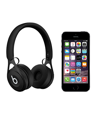 Beats by Dr Dre EP with iPhone 5s